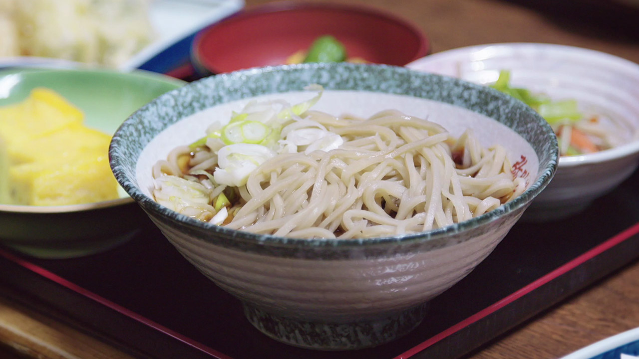 Bowl of Nishimonai Soba Noodles in Ugo, Akita, Japan | Japanoizy | Japan Travel Video | ANYDOKO