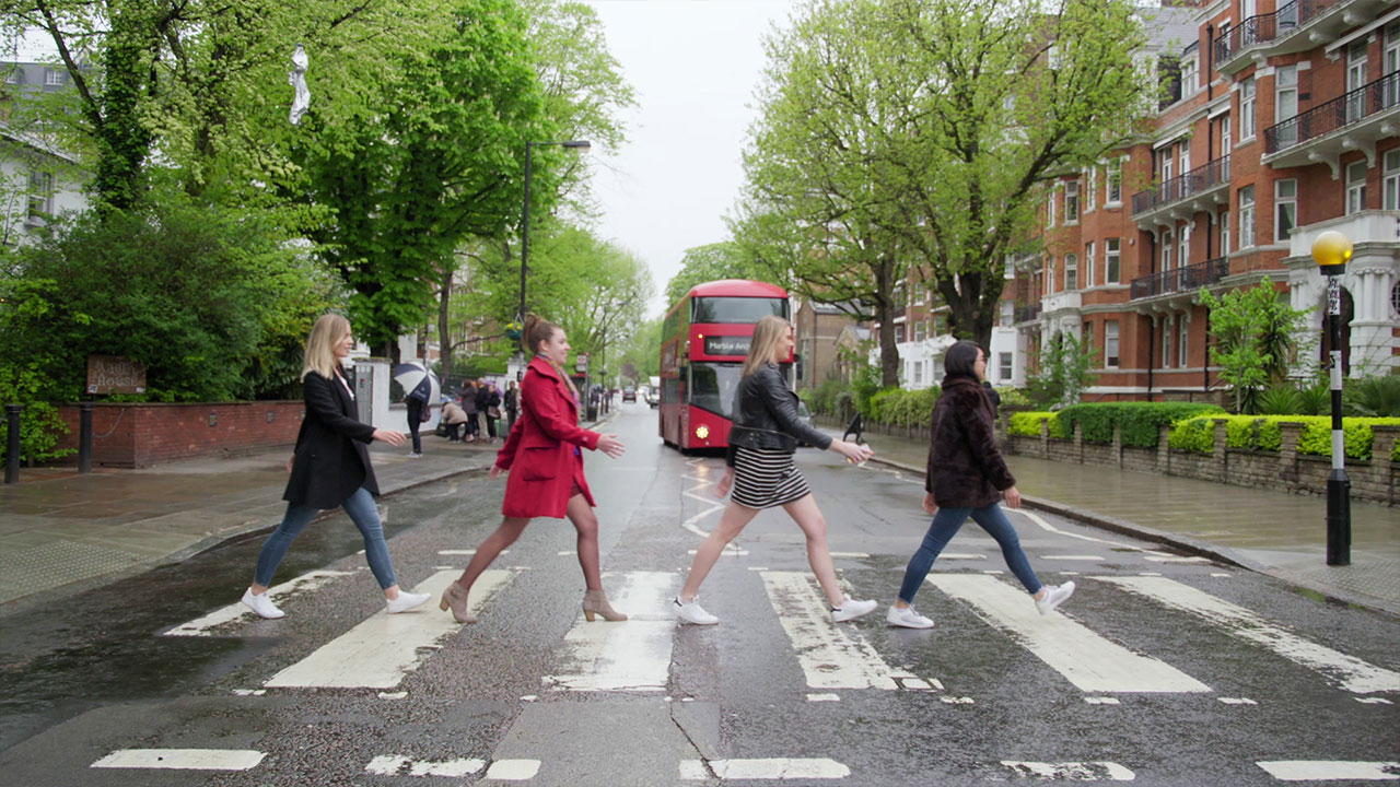 The Beatles Walking | Britpop | Contiki & Visit Britain | ANYDOKO